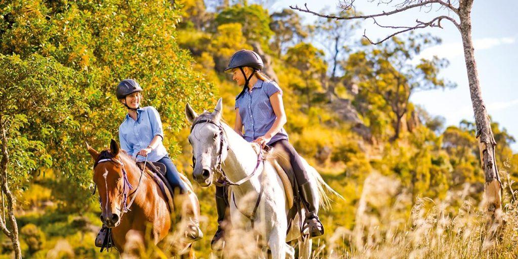 fordsdale-horseback-farm-stay-01