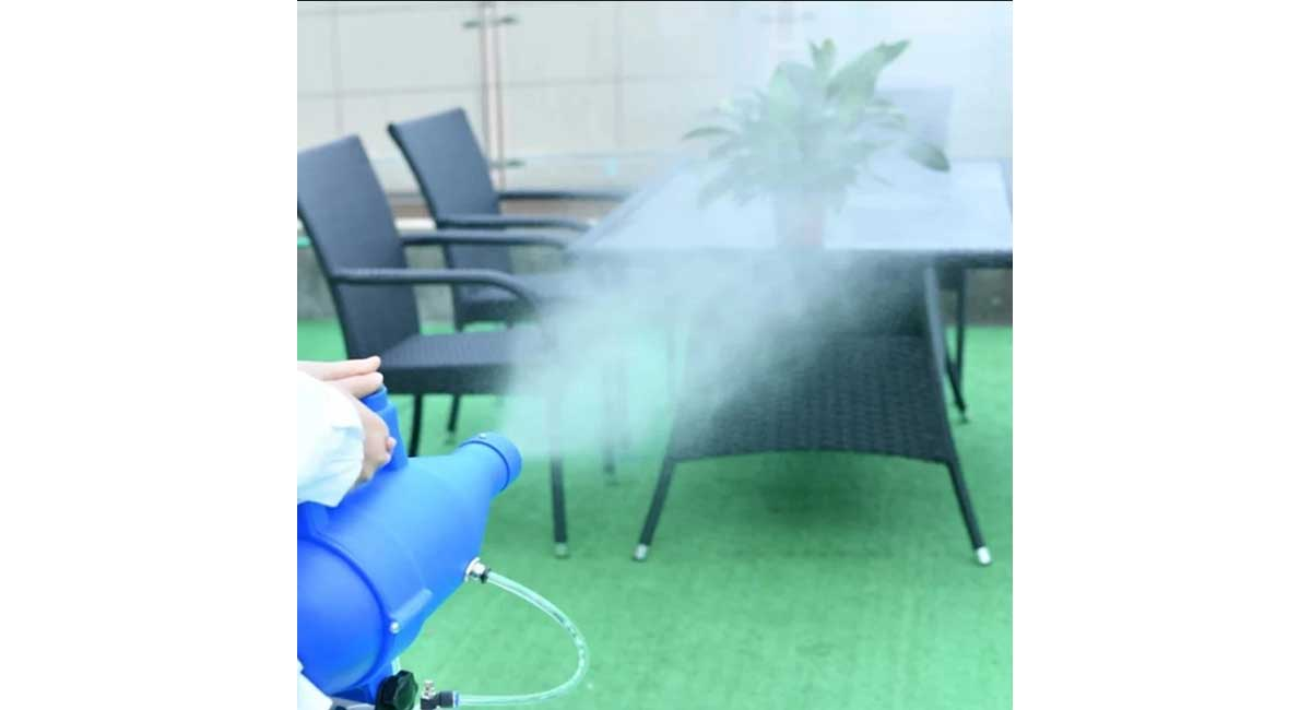 fogger mist cleaning sprays a room