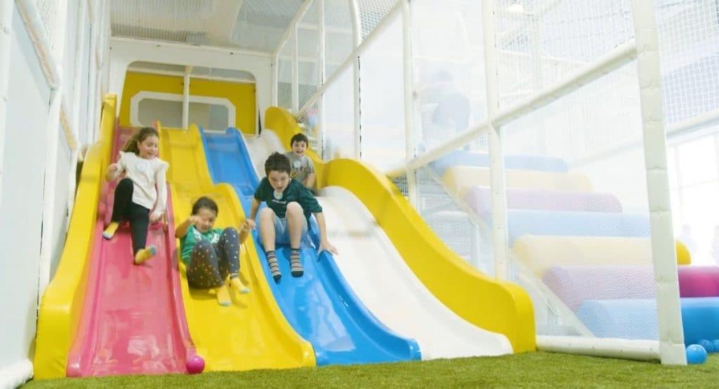 kids at Mini Bounce