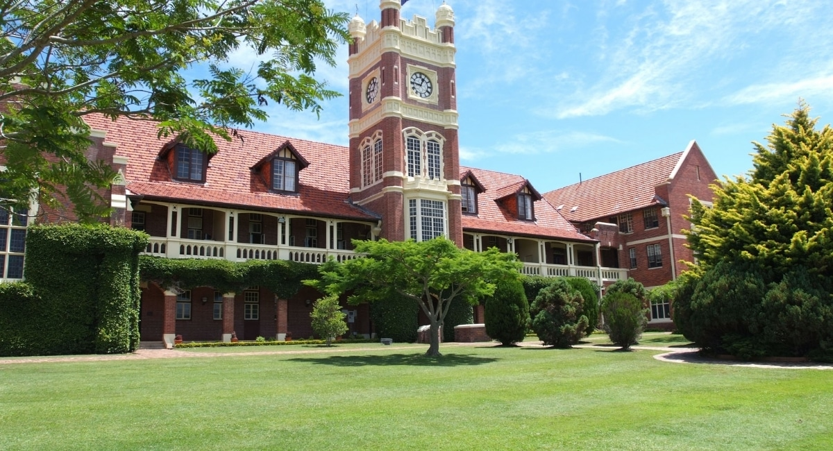 The Southport School - Open House and Walking Tours Inquiry