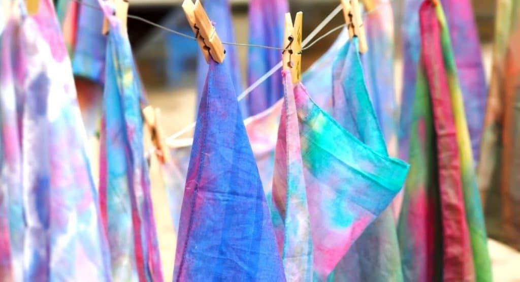 Happiness Hub - Arts and Crafts 2
