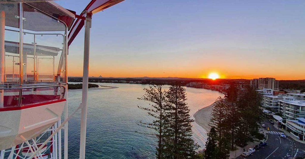 skyline-ferris-wheel-sunset
